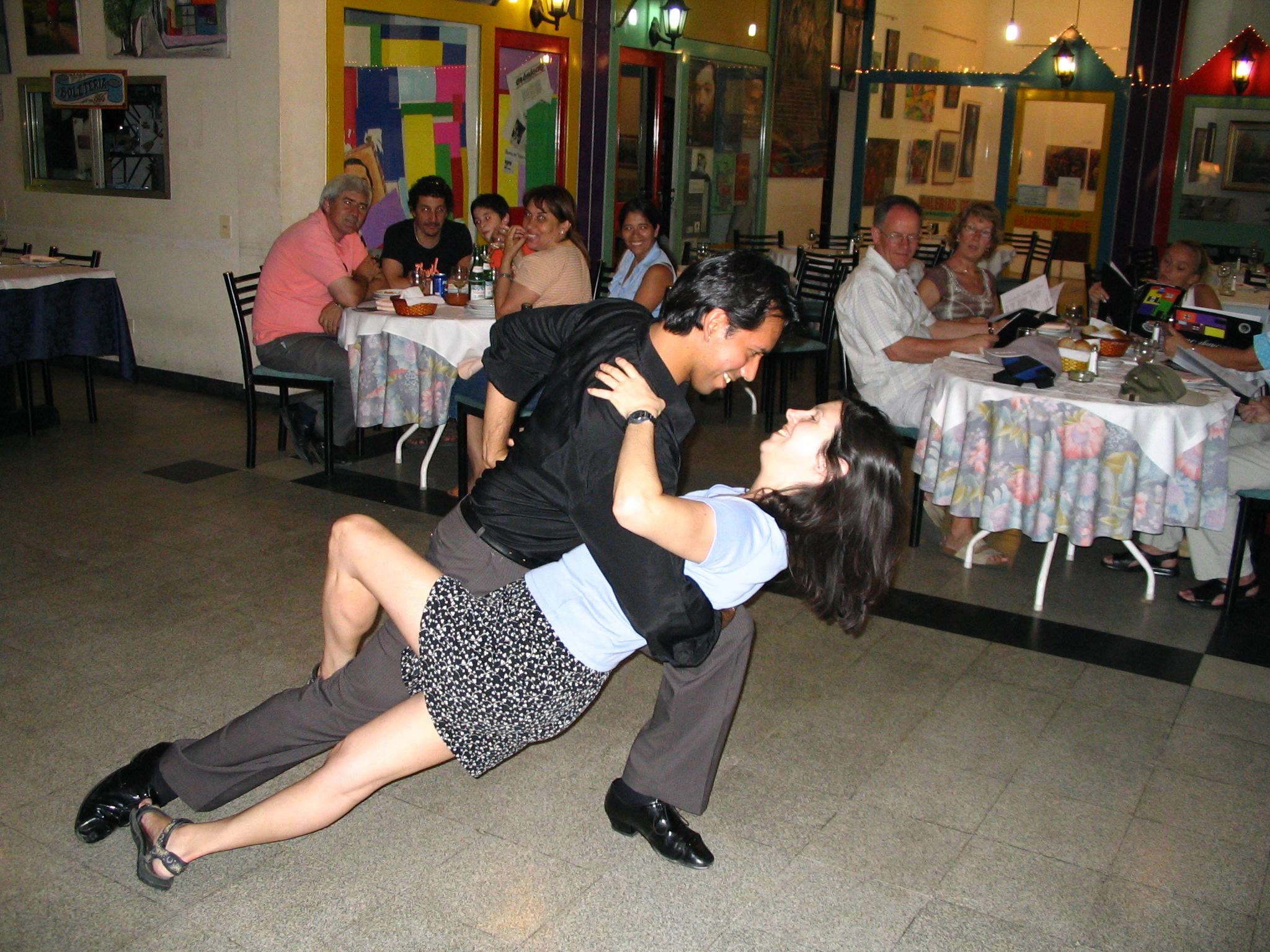 Impromptu tango