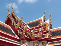 Colourful roofs at Wat Pho