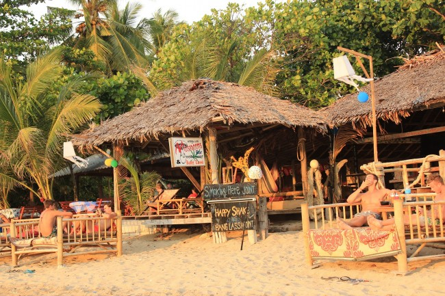 Mushrooms Bar (Klong Khong beach)