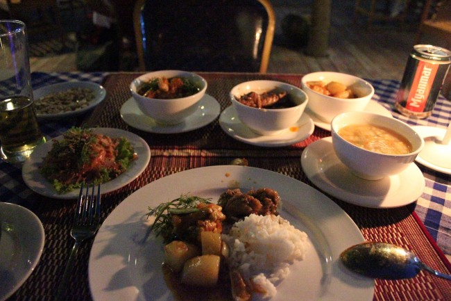 Set meal at Hotel Blazing (Nyaung U)