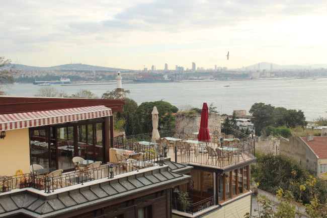 View from the rooftop of the Hanedan Hotel (Sultanahmet, Istanbul)