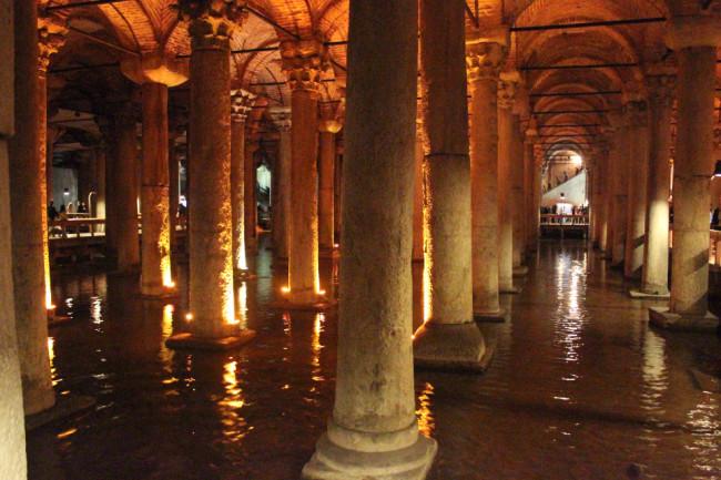Basilica Cistern (Sultanahmet, Istanbul)