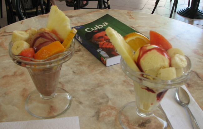Ice cream lunch (Cuba)