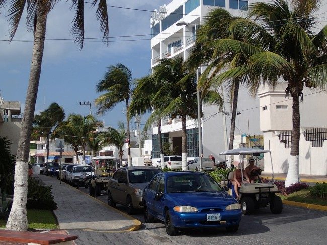 A lot of traffic for such a small island (Isla Mujeres)