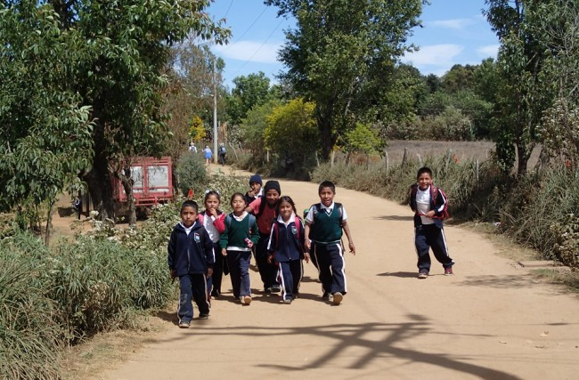 School is out! (San Pablo Quatro Venados) (mountains around Oaxaca)