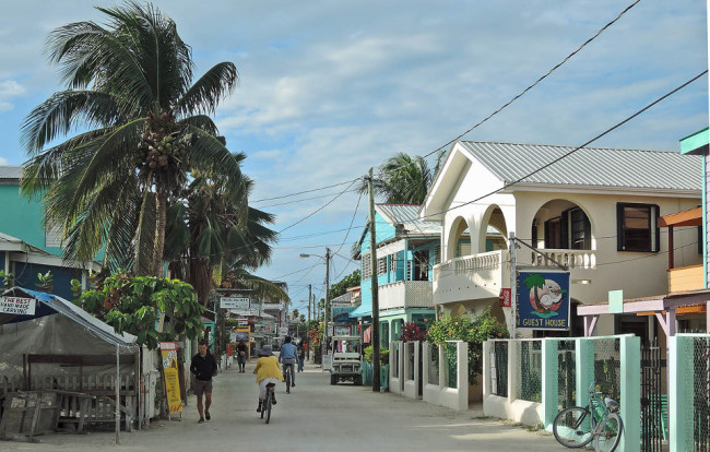 Caye Caulker street
