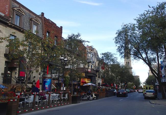 Rue St-Denis, Montreal