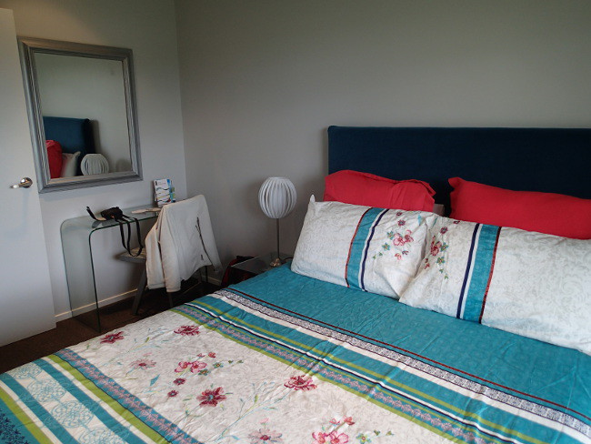 My comfy room in Oneroa (Waiheke, New Zealand)