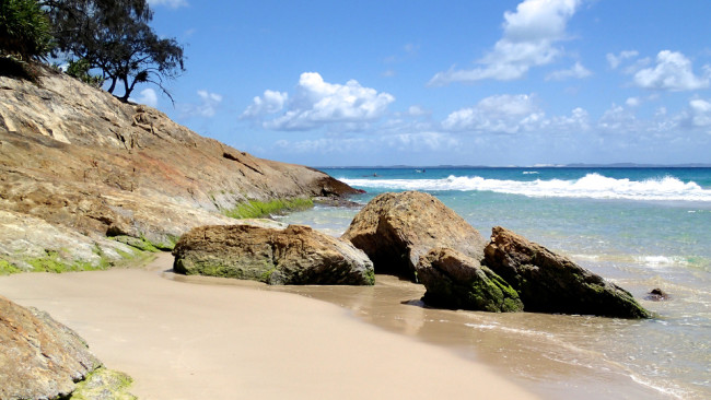 Western end of Home Beach (North Stradbroke Island)