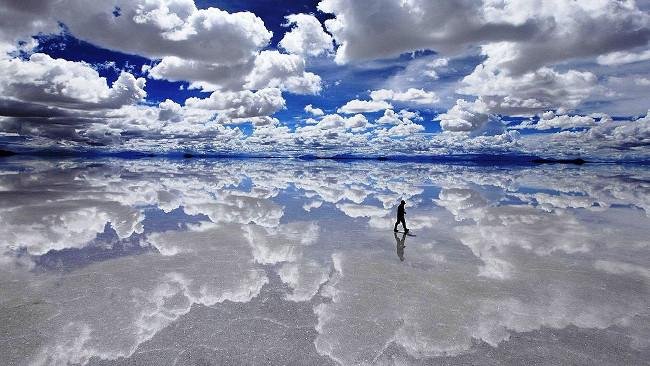 Salar de Uyuni reflecting the sky, Bolivia