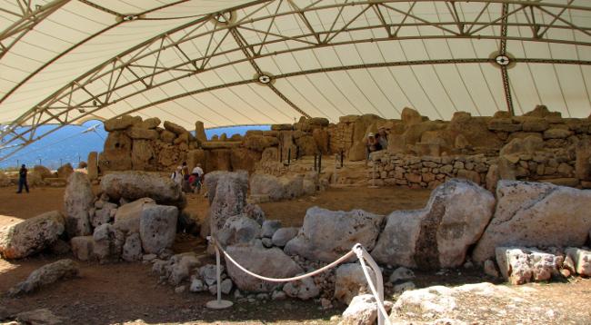 Ħaġar Qim & Mnajdra Temples (Malta in photos)