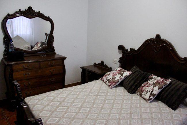 A very affordable AirBnB room in Las Palmas de Gran Canaria (travel guide to Las Palmas de Gran Canaria)