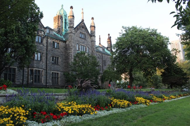 University of Toronto (great Toronto photos)