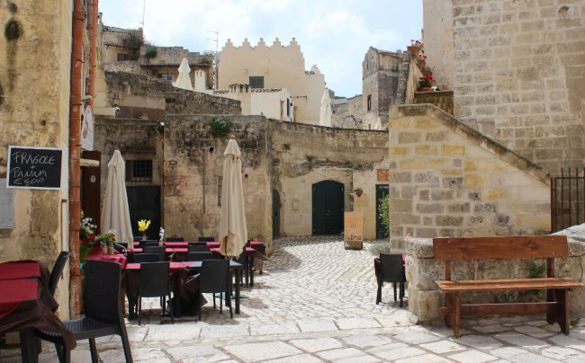 Small restaurant in the Sasso Caveoso, Matera (Matera in photos)