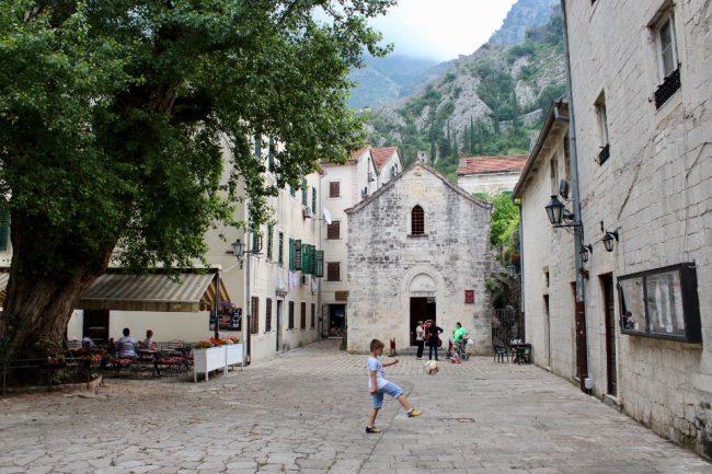 Lapidarium Museum, Kotor (guide to Kotor)