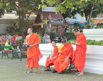 Young Buddhist monks at leisure in Bangkok (first time in Bangkok)