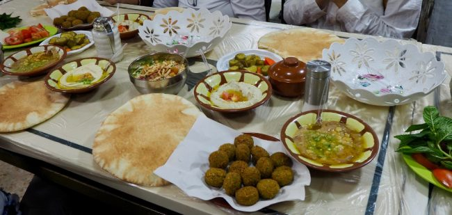 Dinner at Hashem Restaurant, Amman (what to do in Amman)