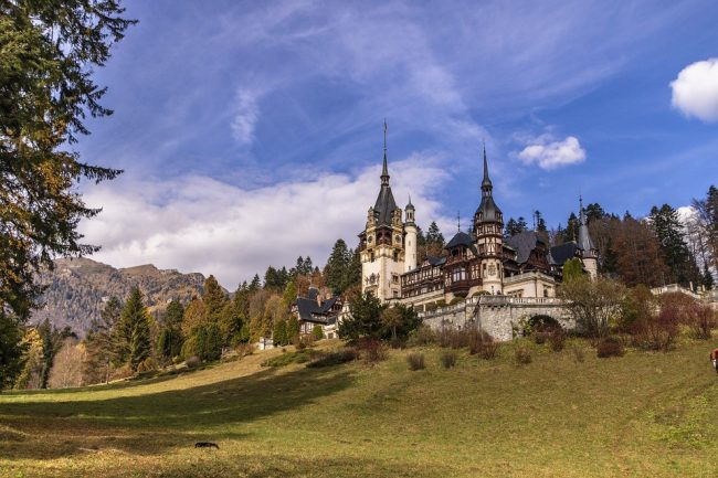 Romania Peles Castle (travel bucket list)